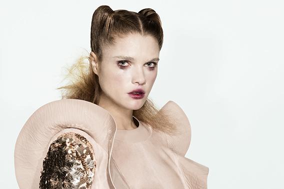 Robe : DROME Veste : ELIZABETHA FRANCHI